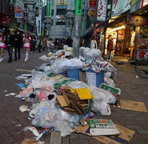 渋谷ハロウィンのごみ